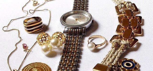 Jaką biżuterię warto posiadać?