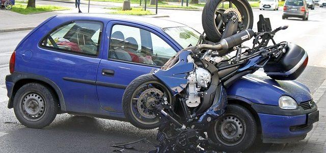 Jak naprawić samochód po stłuczce?